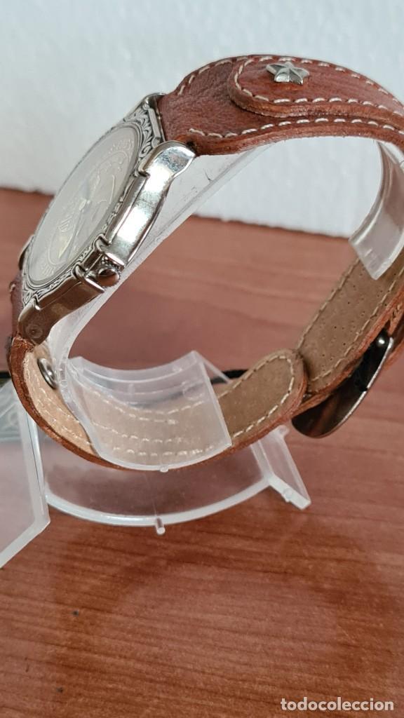Relojes: Reloj unisex BASSEL de cuarzo acero, esfera una moneda color oro, agujas chapada negras,correa nueva - Foto 6 - 244743835