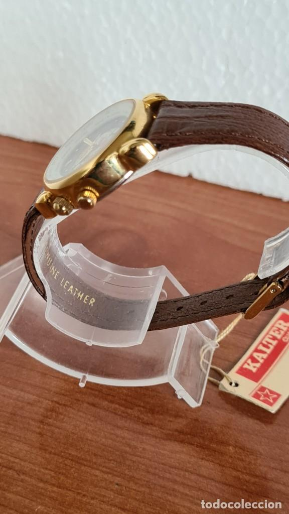 Relojes: Reloj unisex KALTER acero chapado de oro en cuarzo, esfera hora mundial, correa marrón nueva sin uso - Foto 6 - 244753850