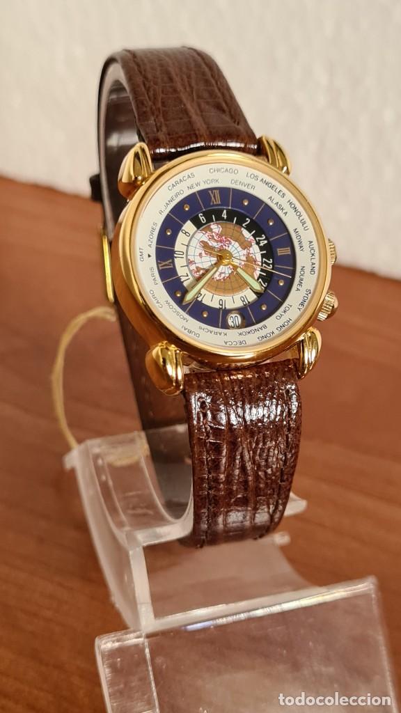 Relojes: Reloj unisex KALTER acero chapado de oro en cuarzo, esfera hora mundial, correa marrón nueva sin uso - Foto 8 - 244753850