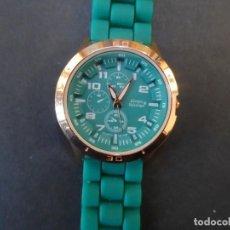 Relojes: RELOJ CORREA CAUCHO VERDE Y ACERO ORO ROSA. LOUIS VALENTIN. ESFERA VERDE. SIGLO XXI. Lote 250217685