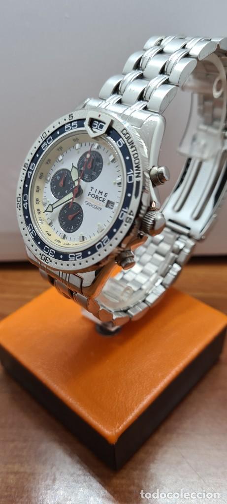 Relojes: Reloj caballero (Vintage) TIME FORCE cuarzo cronografo, acero, calendario las tres, correa acero. - Foto 4 - 253707270