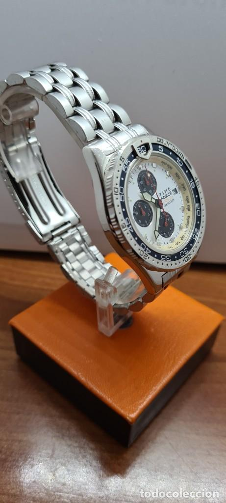 Relojes: Reloj caballero (Vintage) TIME FORCE cuarzo cronografo, acero, calendario las tres, correa acero. - Foto 5 - 253707270