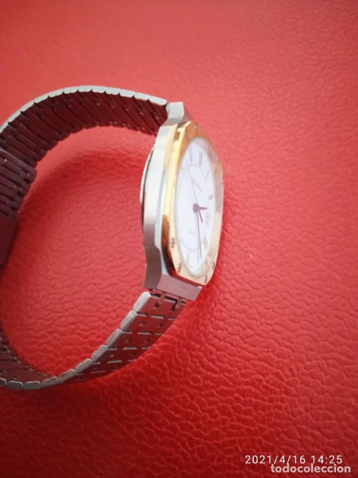 Relojes: RELOJ HOLDING QWARTZ BICOLOR COMO NUEVO. - Foto 4 - 254995390