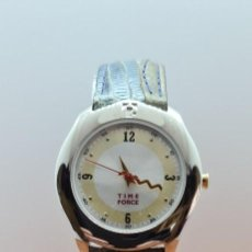 Relojes: RELOJ TIME FORCE ACERO DE CUARZO, ESFERA BLANCA Y BISEL AMARILLO, CORREA CUERO ORIGINAL NEGRA VERDE. Lote 255378595