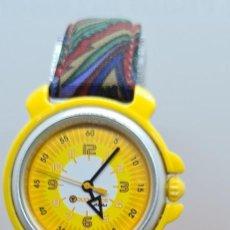 Relojes: RELOJ DE NIÑA, NIÑO CUARZO FLIK FLAK MAQUINA ETA, CORREA ROJA CON DIBUJOS, ESFERA AMARILLA Y BLANCA.. Lote 255409550