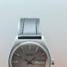 Relojes: RELOJ CABALLERO (VINTAGE) AUTOMÁTICO SAVOY DOBLE CALENDARIO A LAS TRES, CRISTAL NUEVO, CORREA CUERO. Lote 255415440