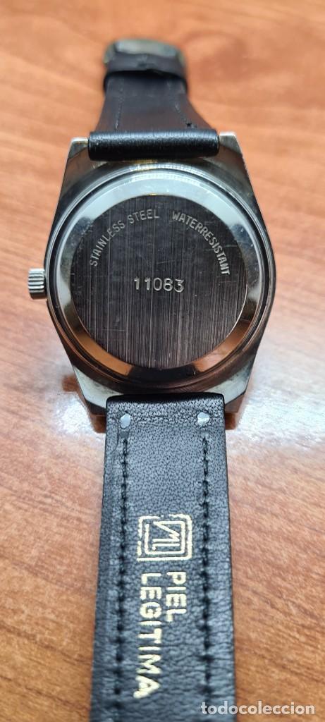 Relojes: Reloj caballero (Vintage) automático SAVOY doble calendario a las tres, cristal nuevo, correa cuero - Foto 16 - 255415440