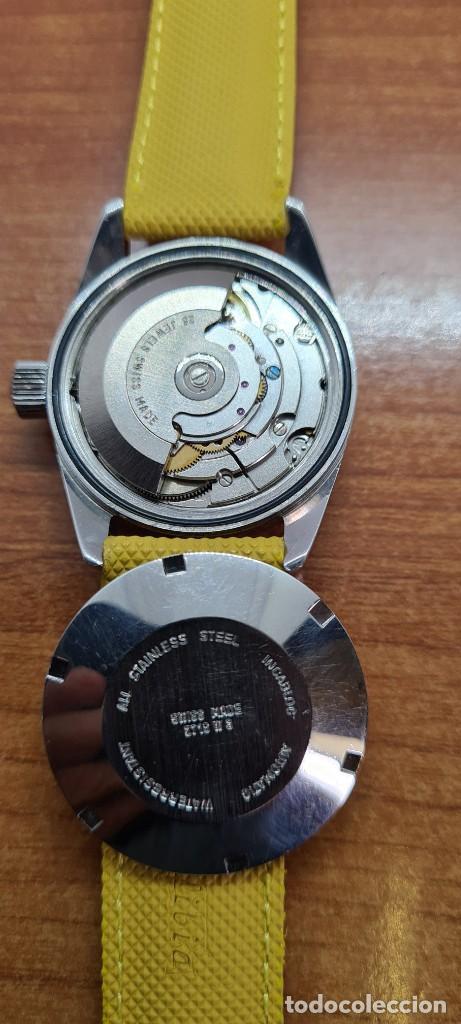 Relojes: Reloj caballero (Vintage) PIERRE DENILL automático acero, esfera color oro, calendario tres correa. - Foto 9 - 255422870