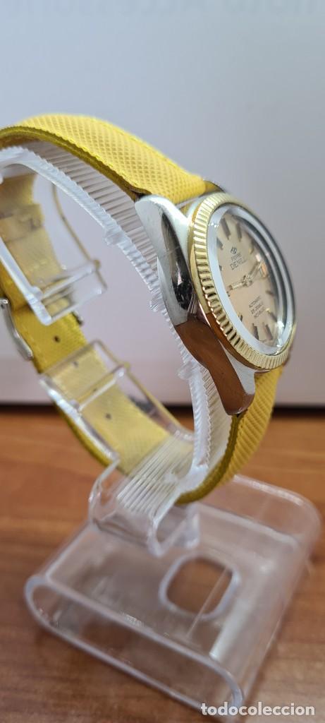 Relojes: Reloj caballero (Vintage) PIERRE DENILL automático acero, esfera color oro, calendario tres correa. - Foto 11 - 255422870