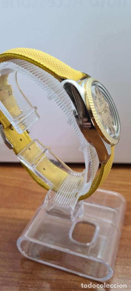 Relojes: Reloj caballero (Vintage) PIERRE DENILL automático acero, esfera color oro, calendario tres correa. - Foto 13 - 255422870