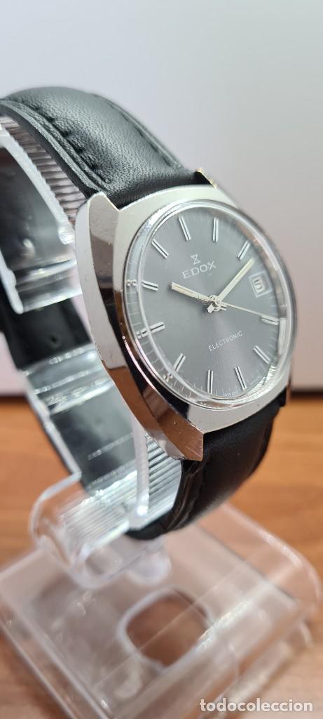 Relojes: Reloj caballero de cuarzo EDOX electronico en acero, esfera gris, calendario las tres, correa cuero. - Foto 7 - 255428955