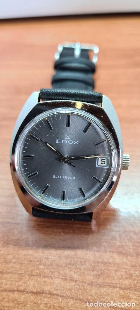 Relojes: Reloj caballero de cuarzo EDOX electronico en acero, esfera gris, calendario las tres, correa cuero. - Foto 13 - 255428955