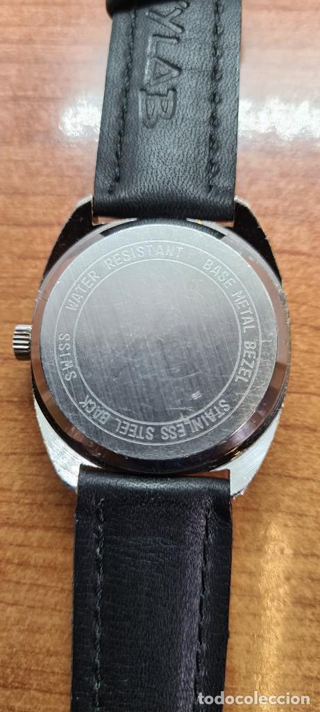 Relojes: Reloj caballero de cuarzo EDOX electronico en acero, esfera gris, calendario las tres, correa cuero. - Foto 15 - 255428955