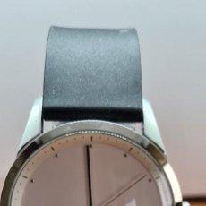 Relojes: RELOJ CABALLERO O SEÑORA (UNISEX) CALVIN KLEIN CUARZO EN ACERO, ESFERA BLANCA, CORREA SILICONA NEGRA. Lote 258027400