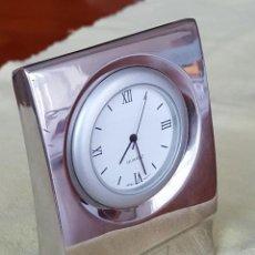 Relojes: PEQUEÑO RELOJ DE SOBREMESA. Lote 263571185
