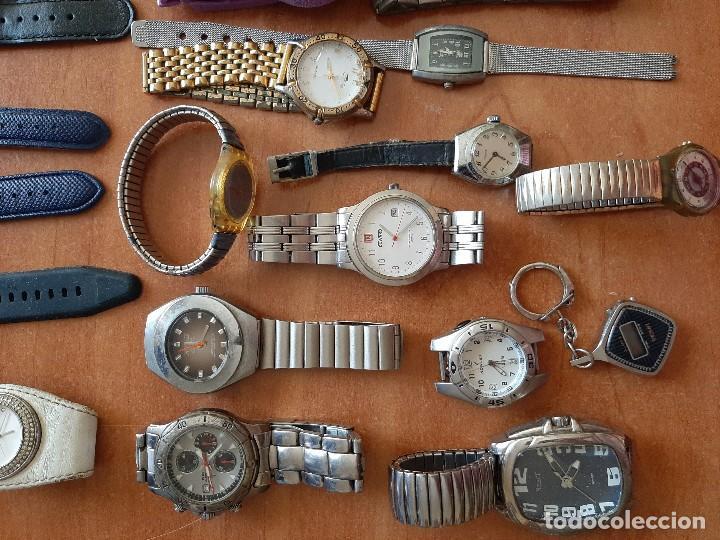 Relojes: SINGULAR LOTE DE 35 RELOJES USADOS Y COMPLEMENTOS - Foto 2 - 285152778