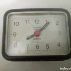 Relojes: RELOJ-DESPERTADOR VOGUE FUNCIONANDO VINTAGE. Lote 291546188