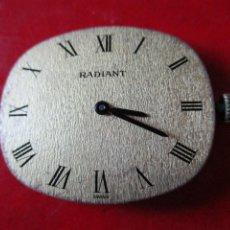 Relojes: MAQUINA DE RELOJ MARCA RADIANT. Lote 295835633