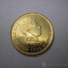 Reproducciones billetes y monedas: MEDALLA MONEDA DE 20 PESETAS DE ORO DE 1904. 19-04. REY ALFONSO XIII. REPRODUCCIÓN. Lote 28943402