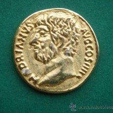 Reproducciones billetes y monedas: AÚREO DE ADRIANO -RÉPLICA-, EN PLATA SOBREDORADA. 2,2 CMS DIÁM. Y 4,2 GRS PESO.. Lote 33467697
