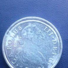 Reproducciones billetes y monedas: MONEDA DE CARLOS III REPRODUCCION. Lote 43122713