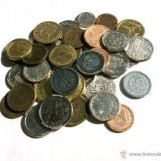 Reproducciones billetes y monedas: LOTE DE 40 MONEDAS REPRODUCCIONES ESPAÑOLAS Y EXTRANJERAS. Lote 46139519