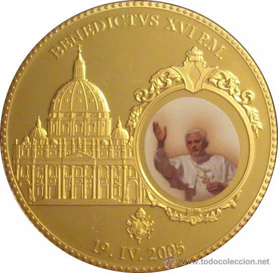 VATICANO. MEDALLA BENEDICTO XVI. ESMALTADA 2005 (Numismática - Reproducciones)