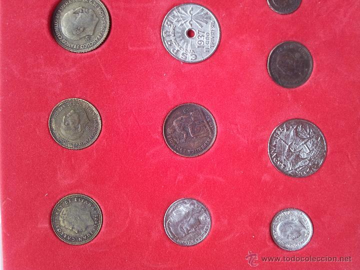 Reproducciones billetes y monedas: HISTORIA DE LA PESETA - COLECCCION DE 30 MONEDAS (COMPLETO) - EL SUR - Foto 3 - 54292407