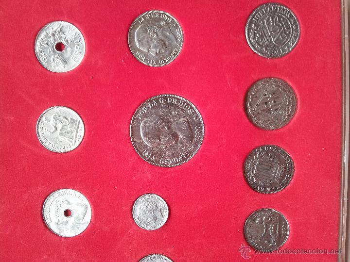 Reproducciones billetes y monedas: HISTORIA DE LA PESETA - COLECCCION DE 30 MONEDAS (COMPLETO) - EL SUR - Foto 4 - 54292407