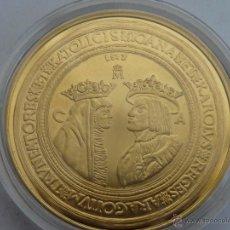 Reproducciones billetes y monedas: REPRODUCCION 100 DUCADOS JUANA Y CARLOS FNMT HISTORIA DE LA MONEDA ESPAÑOLA, PLATA DE LEY 925 Y ORO. Lote 54914490