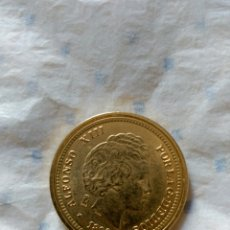Reproducciones billetes y monedas: REPLICA DE ALFONSO XIII BAÑADA EN ORO. Lote 57504518