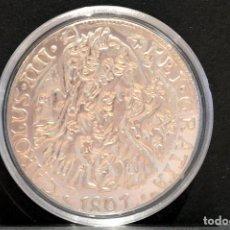 Reproducciones billetes y monedas: BONITA REPRODUCCIÓN MONEDA DE PLATA 8 REALES 1801 CARLOS IV RESELLOS CHINOS METAL BAÑO EN PLATA FINA. Lote 76751507