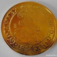Reproducciones billetes y monedas: DOBLON SOBERANO 1636 FELIPE IV 42MM CON BAÑO DE ORO PURO REAL CASA DE LA MONEDA. Lote 86714348