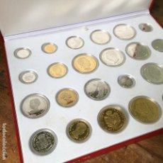Reproducciones billetes y monedas: ESTUCHE CON LA COLECCIÓN DE MONEDAS REPLICAS DE PLATA DE LA FNMT DE HISTORIA DE LA PESETA. Lote 103584071
