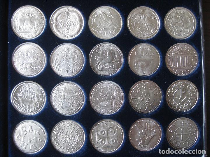 Reproducciones billetes y monedas: Colección de 20 monedas catalanas, bañadas en plata - Foto 2 - 107668459
