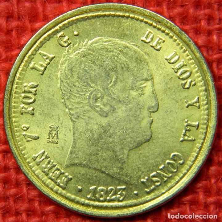 Reproducciones billetes y monedas: España - Fernando VII Por la gracia de Dios y la Constitución - 1823 - 320 reales - FNMT - Baño oro - Foto 3 - 112256911
