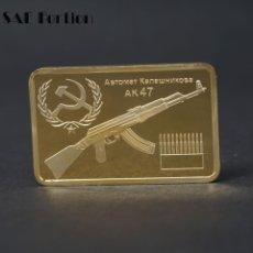 Reproducciones billetes y monedas: LINGOTE ORO 24K KALASCHNIKOW AK47 EDICION LIMITADA. Lote 150365841