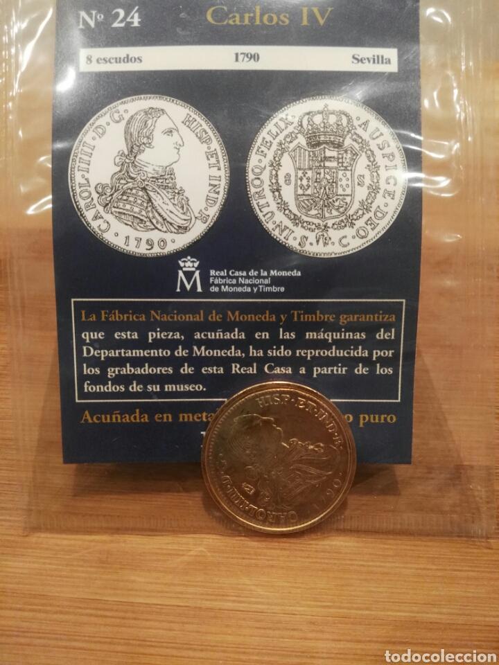 DEL REAL A LA PESETA N°24. 8 ESCUDOS, CARLOS IV, 1790 SEVILLA, , FNMT. REPRODUCCIÓN BAÑADA EN ORO. (Numismática - Reproducciones)