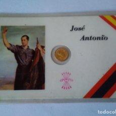 Reproducciones billetes y monedas: 63-ANTIGUO CARNET FALANGE JOSE ANTONIO, CON PEQUEÑA MONEDA. Lote 125293915