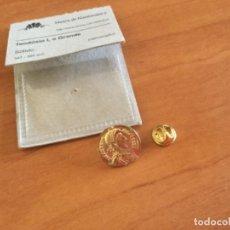 Reproducciones billetes y monedas: TEODOSIO I EL GRANDE. PIN DE LA REPRODUCCIÓN DE DICHA MONEDA. Lote 132402474
