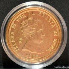 Reproducciones billetes y monedas: REPRODUCCIÓN MONEDA DE ORO ESPAÑA 80 REALES 1856 ISABEL II METAL CON BAÑO DE ORO PURO. Lote 139224950