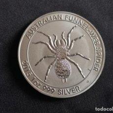 Reproducciones billetes y monedas: MONEDA DE 1 DOLAR AUSTRALIANO DE 2015 ELIZABETH II Y ARAŃA. Lote 176618049