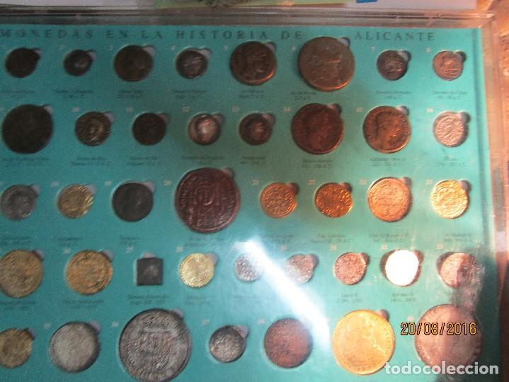 Reproducciones billetes y monedas: HISTORIA DE ALICANTE BILLETES Y MONEDAS COMPLETO ALBUM Y VITRINA DE MONEDAS - Foto 6 - 159837954