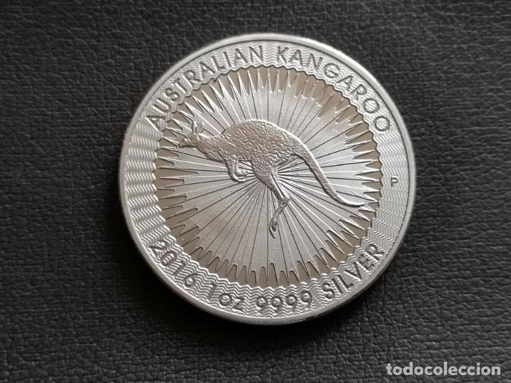 MONEDA DE 1 DOLAR AUSTRALIANO DE 2016 ELIZABETH II Y KANGAROO (Numismática - Reproducciones)