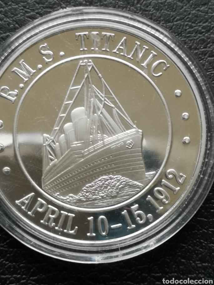 Reproducciones billetes y monedas: Moneda o medalla conmemorativa del Titanic. - Foto 5 - 163524477
