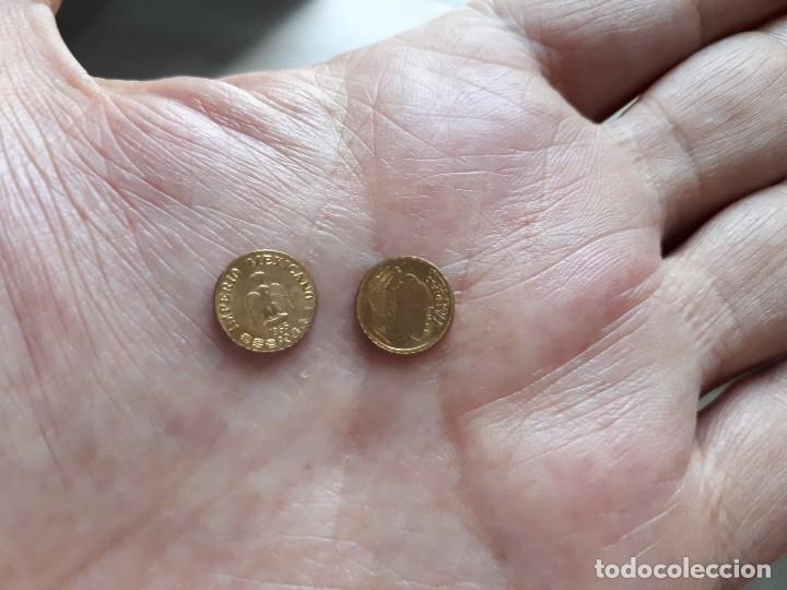 Reproducciones billetes y monedas: DOS MONEDITAS ORO 22 KTES HGE. MEJICO Y USA. - Foto 2 - 166213306