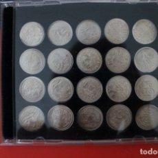 Reproducciones billetes y monedas: MONEDAS CATALANAS 20 MONEDAS CARPETA Y LAMINAS EXPLICATIVAS LA VANGUARDIA. Lote 173862535