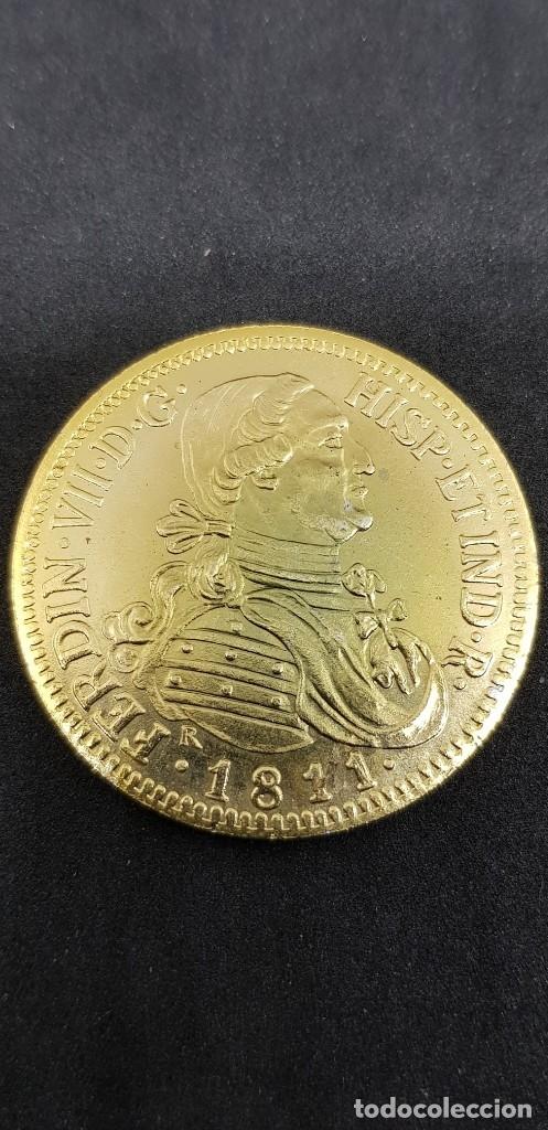 8 ESCUDOS 1811 FERNANDO VII SANTIAGO FJ (Numismática - Reproducciones)