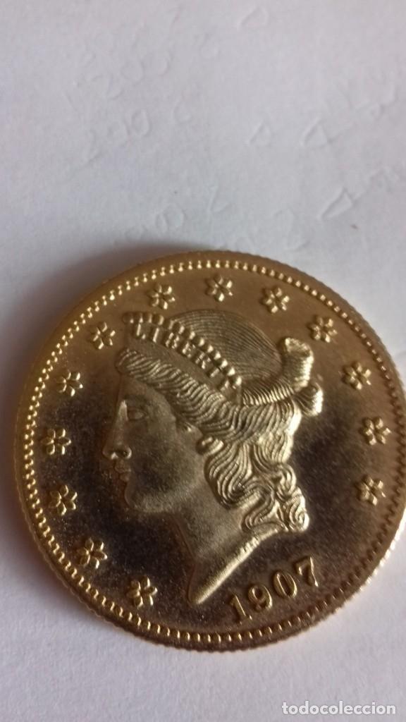 Reproducciones billetes y monedas: Copia en metal dorado de 20 Dolares morgan - Foto 7 - 175850629