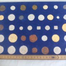 Reproducciones billetes y monedas: COLECCIÓN DE MONEDAS HISTÓRICAS DE GRANADA, 37 MONEDAS EN SU ESTUCHE . GRANADA HOY.. Lote 175899989